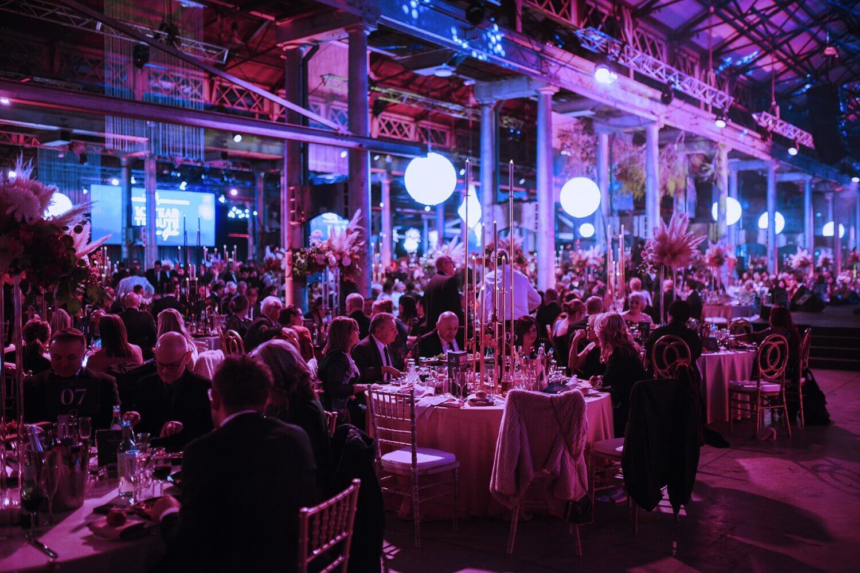 tổ chức gala dinner đà nẵng tiệc cuối năm