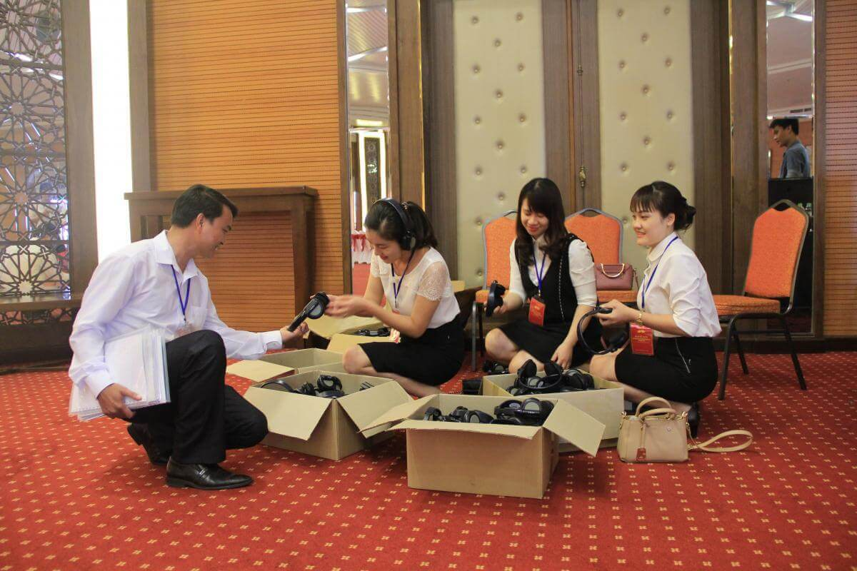 cho thuê thiết bị hội nghị tại Đà Nẵng 2